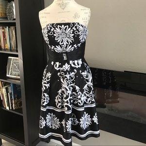 Dresses & Skirts - Black white sundress. Strapless.